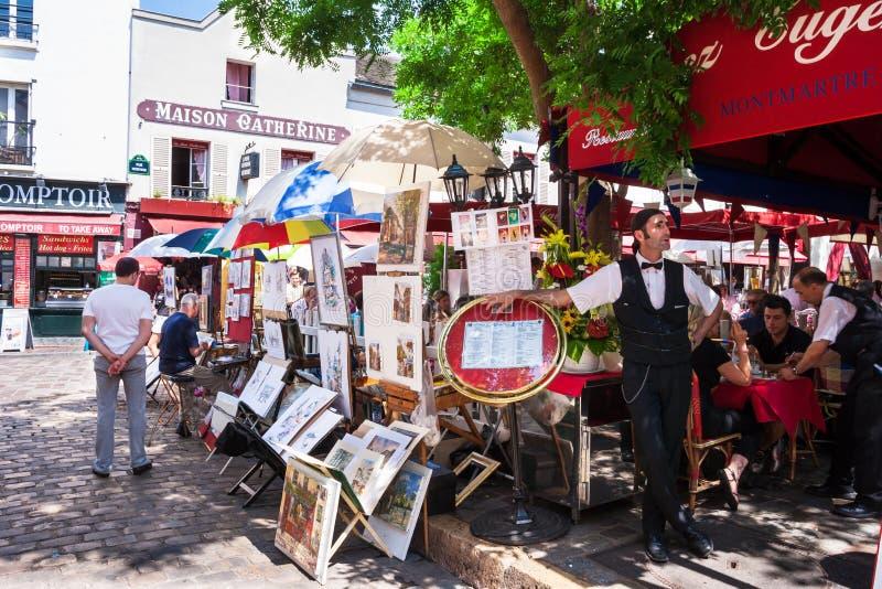 Место du Tertre в Montmartre, Париже, Франции стоковые изображения rf