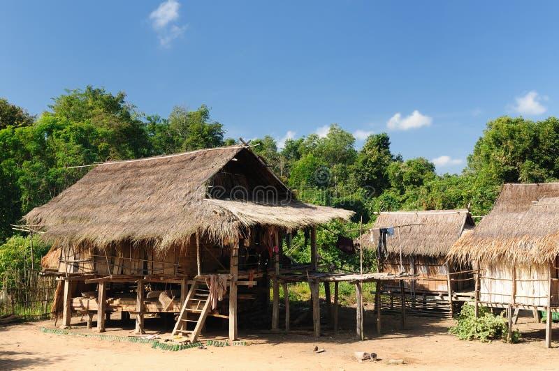 место muang lao сельское пеет стоковые фото