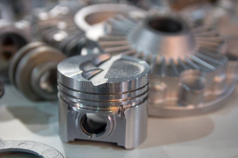 Металлические продукты сделанные крупным планом методов отливки стоковые изображения rf