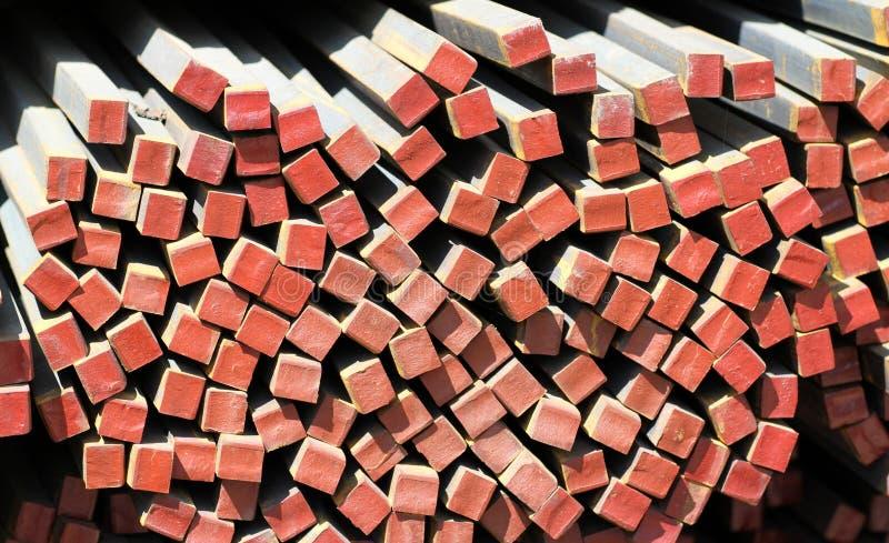 Металл профилирует квадрат стоковое изображение