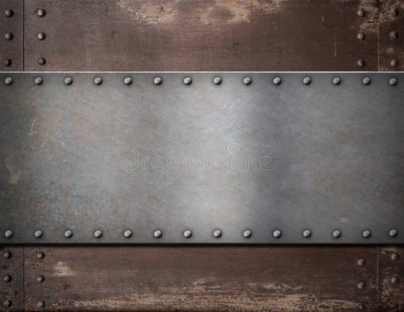 Металлическая пластина с заклепками над деревенской сталью стоковые изображения rf