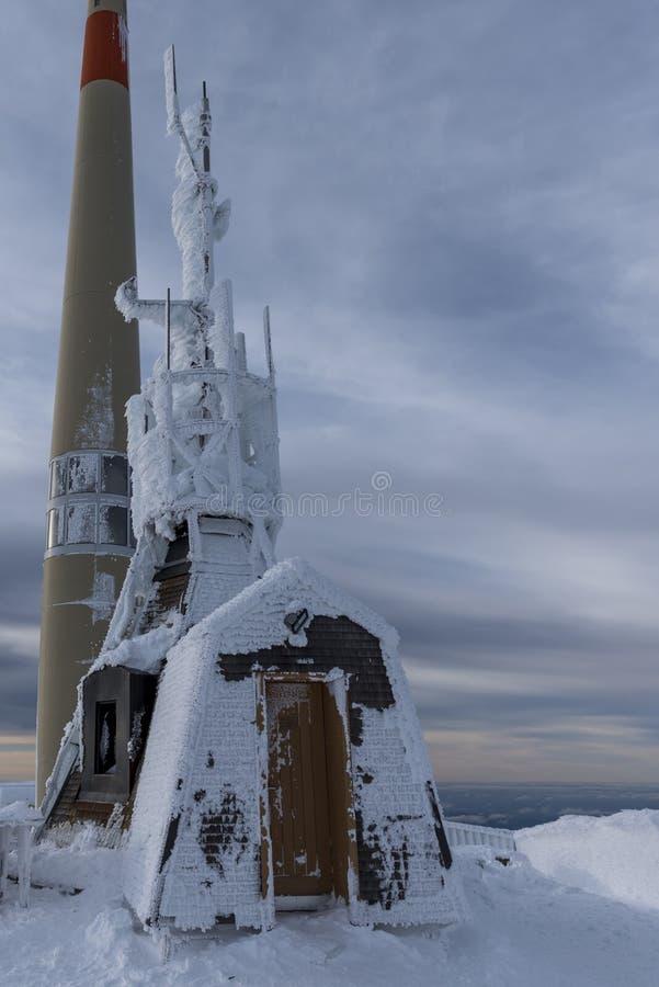 Метеорологическая станция вверху Saentis стоковые изображения rf