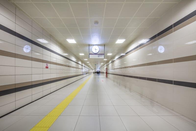 Метро Стамбула Метро, часть Стамбула a перехода центра города обеспечено на метро в Стамбуле стоковые изображения