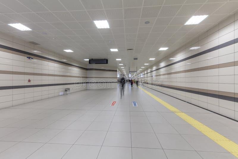Метро Стамбула Метро, часть Стамбула a перехода центра города обеспечено на метро в Стамбуле стоковые фото