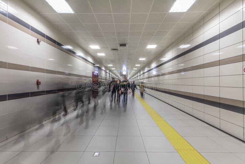 Метро Стамбула Метро, часть Стамбула a перехода центра города обеспечено на метро в Стамбуле стоковое фото