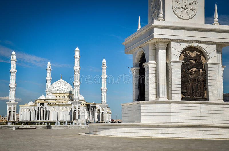 Мечеть в Астана, Казахстан султана Hazrat стоковое фото