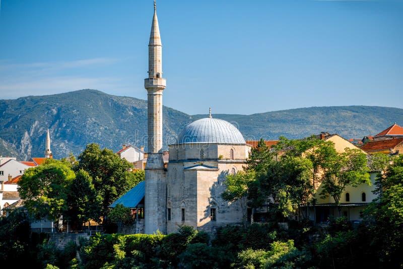 Мечеть в городе Мостара стоковые фото
