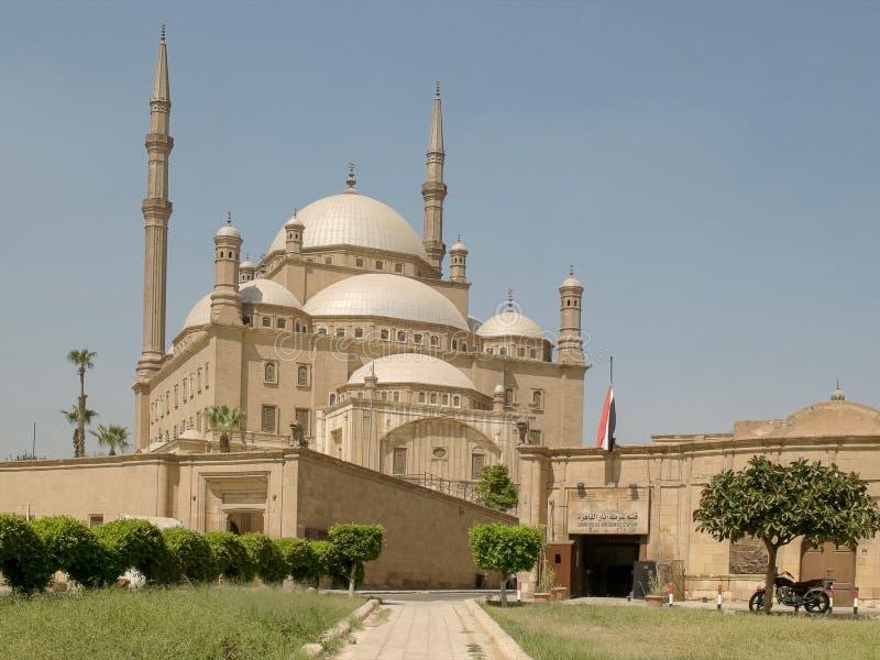 Мечеть и посетители алебастра в Каире, Египте стоковые фото