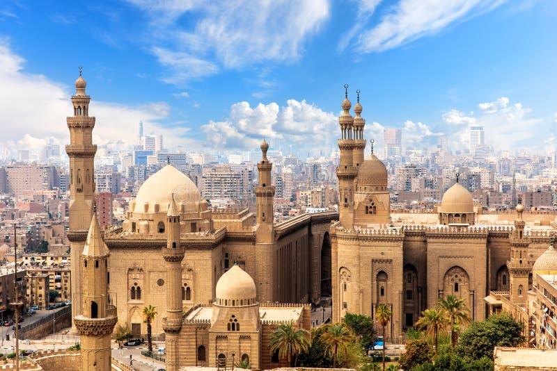 Мечеть и Madrasa султана Hasan в Каире, Египте стоковая фотография rf