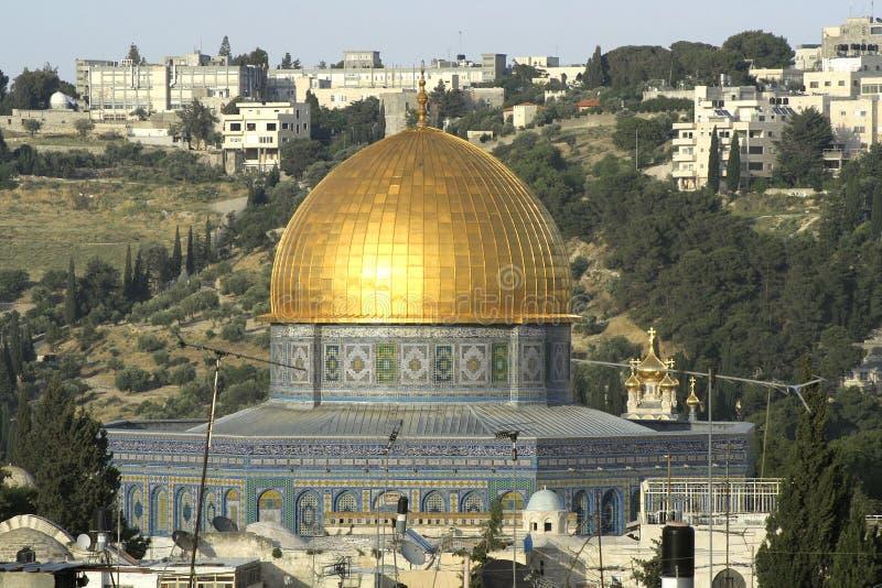 мечеть купола золотистая стоковое изображение