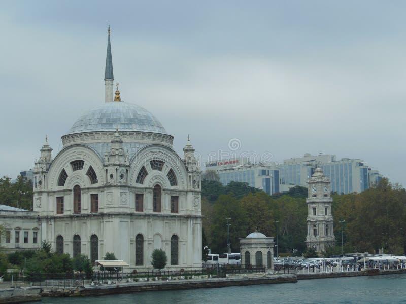 Мечеть на побережье Босфора, Стамбул Dolmabahce стоковое фото rf