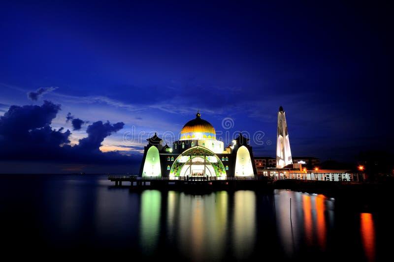 Мечеть проливов Малакки (мечеть Masjid Selat) стоковое фото