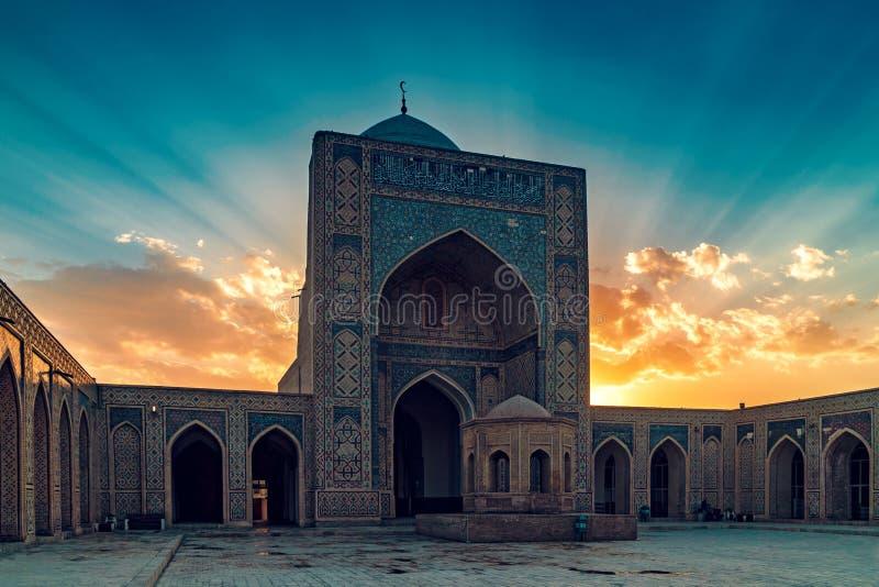 мечеть bukhara kalyan стоковое изображение rf