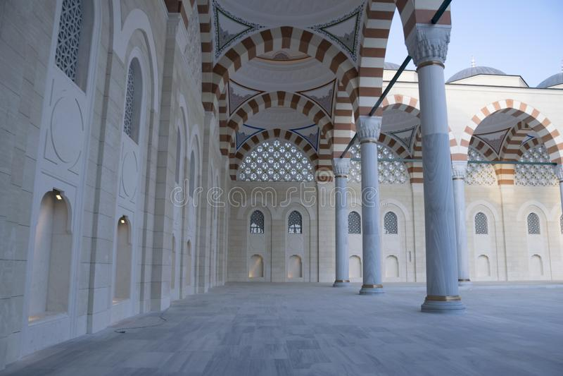 Мечеть Camlica имеет различение быть самой большой мечетью стоковые изображения