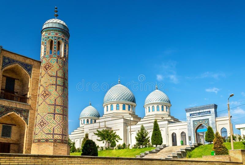 Мечеть Dzhuma в Ташкенте - Узбекистане стоковая фотография rf
