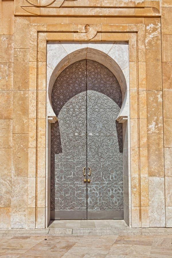 мечеть hassan ii двери стоковые фотографии rf