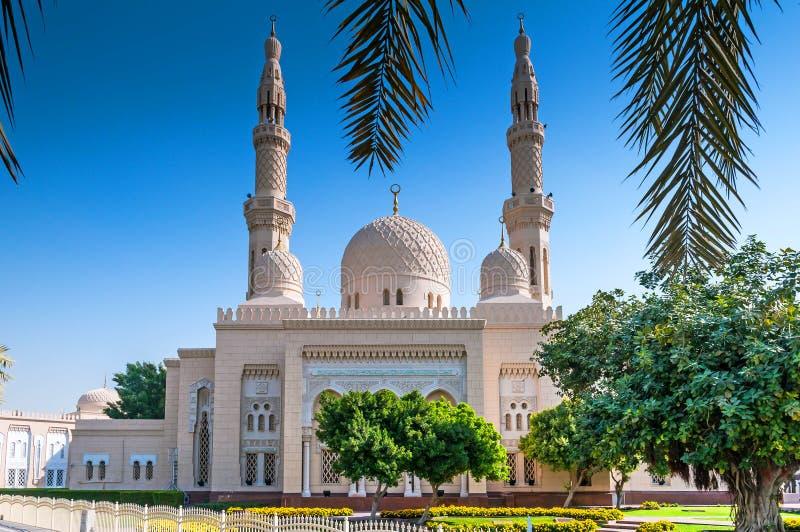 мечеть jumeirah Дубай стоковые фотографии rf