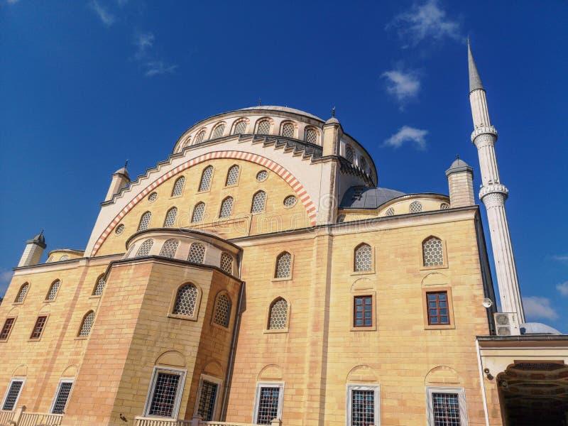 Мечеть Omer Duruk, Atakoy, Стамбул, Турция стоковое изображение