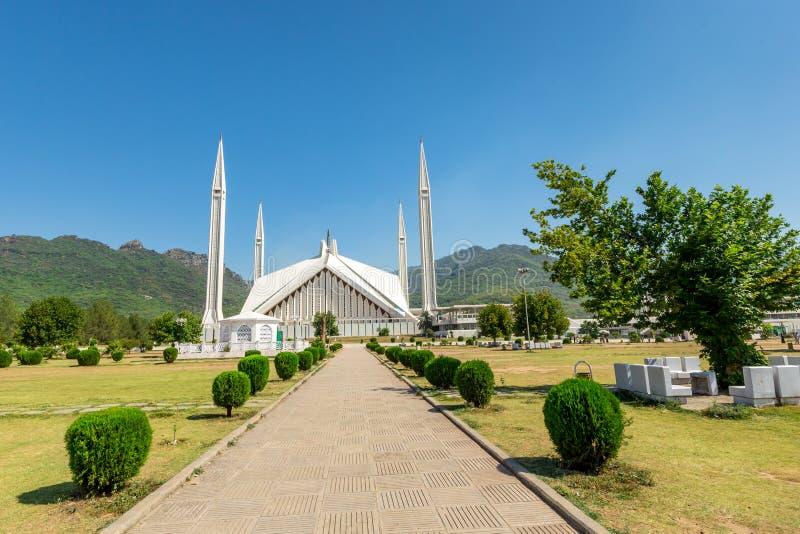 Мечеть Shah Faisal в Исламабаде, Пакистане стоковые фотографии rf