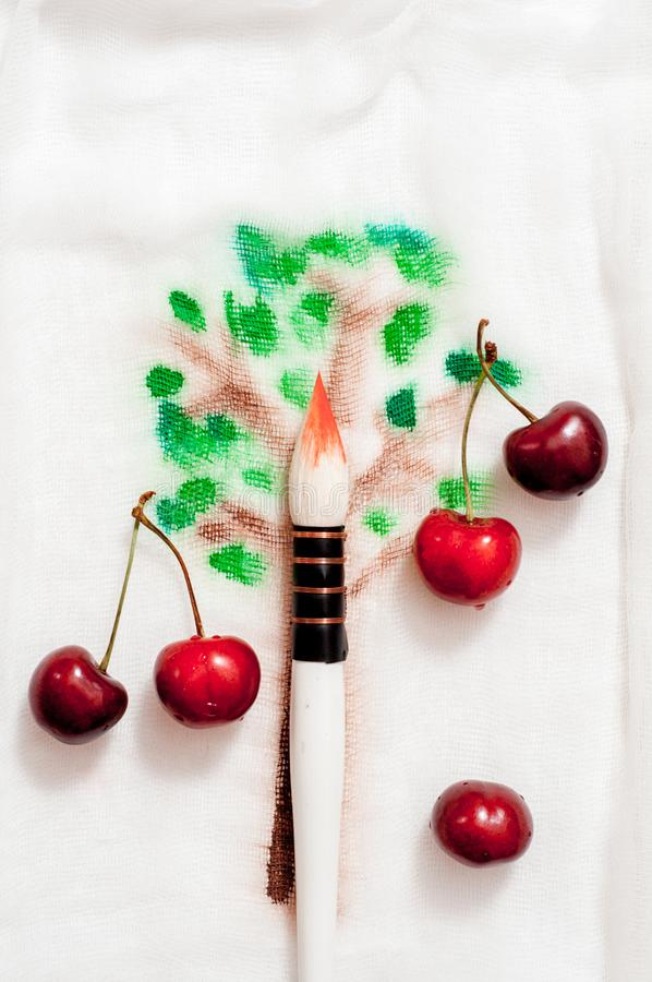 Мечтательное и абстрактное изображение вишневого дерева влияние двойной экспозиции с текстурой хода щетки акварели стоковое фото rf