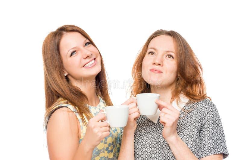 Мечтательная девушка с чашкой чаю стоковые фотографии rf