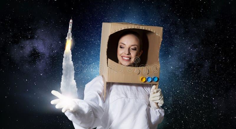 Мечтать для того чтобы исследовать космос Мультимедиа стоковые изображения