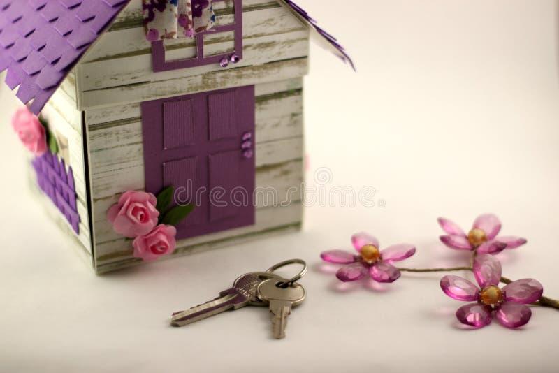 Мечта о вашем собственном доме приходит верно стоковое фото rf