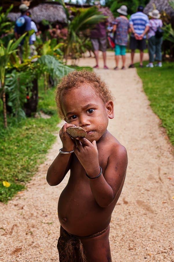 Меланезийский мальчик стоковые фотографии rf