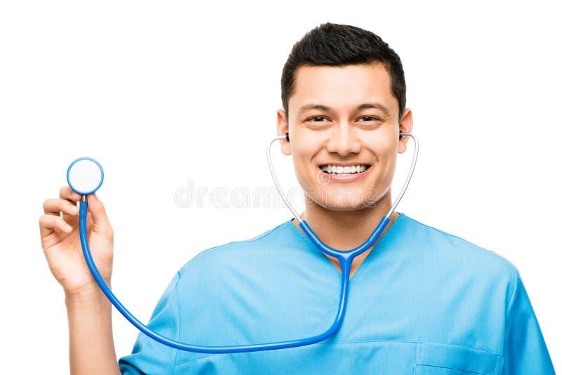Медицинская медсестра усмехаясь держащ стетоскоп стоковая фотография rf