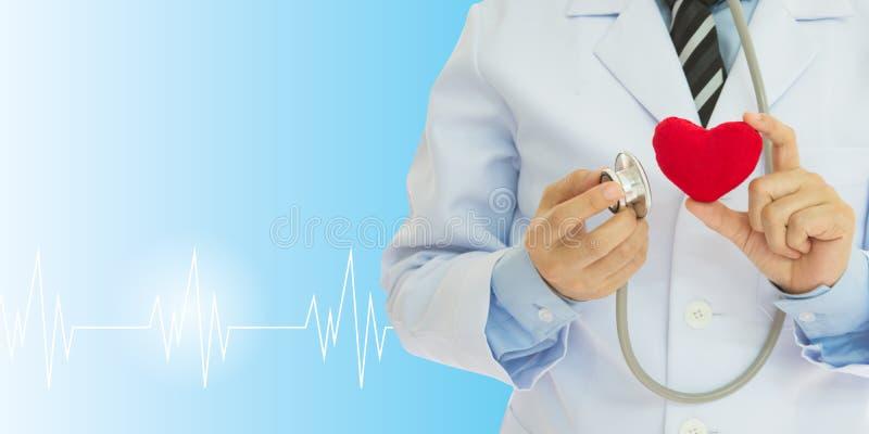 Медицинский осмотр сердца стоковое фото