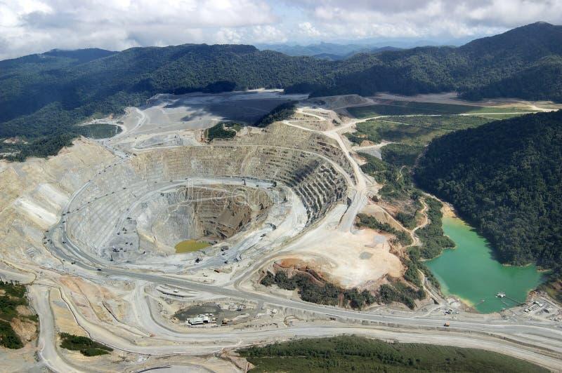 Медный рудник открытого карьера стоковое фото