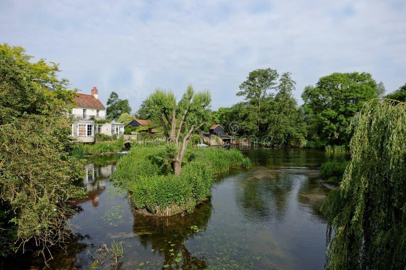 Мельница берега реки, Великобритания стоковое изображение rf