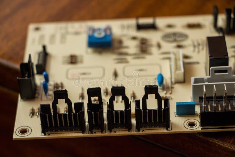 Микропроцессор с предпосылкой материнской платы стоковое изображение