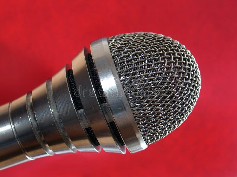 Download микрофон стоковое фото. изображение насчитывающей спейте - 487874