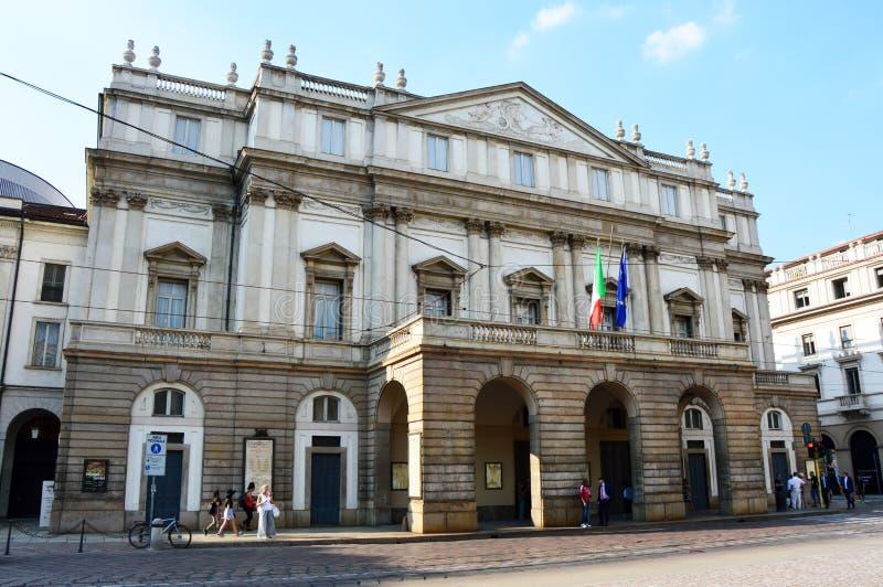 МИЛАН, ИТАЛИЯ - 7-ОЕ СЕНТЯБРЯ 2017: Оперный театр Scala alla Teatro, милан, Италия стоковые фотографии rf