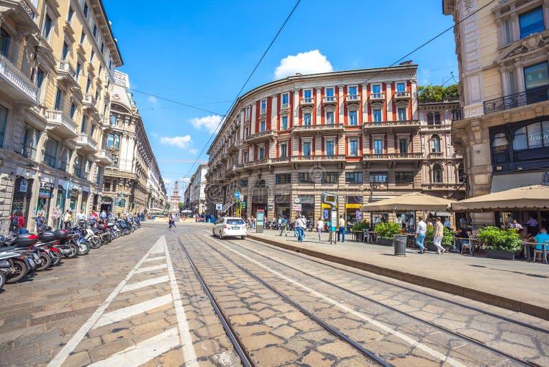 Милан, Италия - 25 06 2018: Через улицу Dante в центре  стоковая фотография