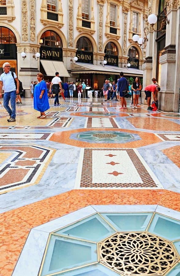 Милан Италия Vittorio Emanuele II Galleria стоковая фотография