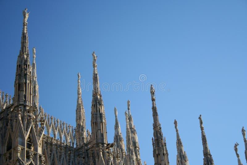 Download милан купола детали стоковое фото. изображение насчитывающей landmark - 483458