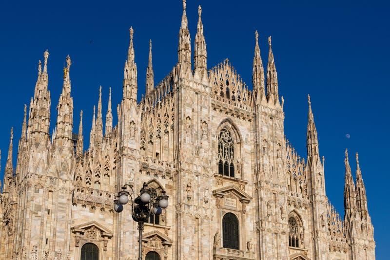 Милан, фасад собора Duomo Италия Ломбардия стоковые изображения