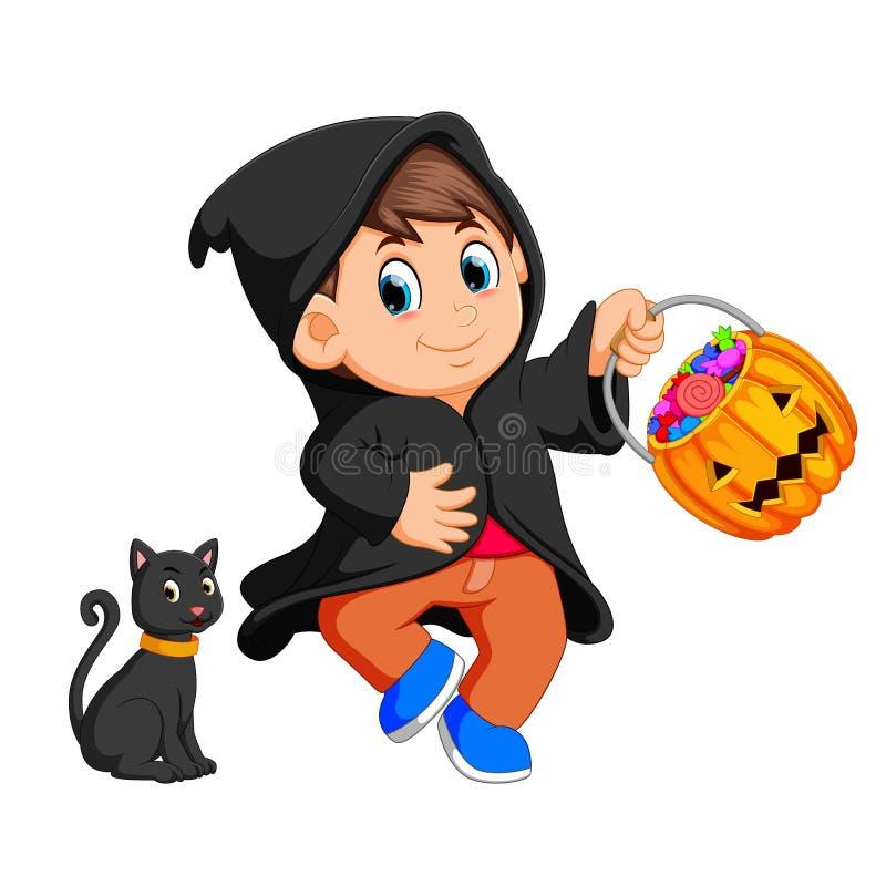 Милая ведьма ребенк идя в черный плащ бесплатная иллюстрация