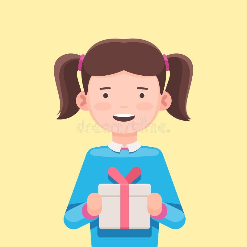 Милая девушка держа подарочную коробку стоковое изображение rf