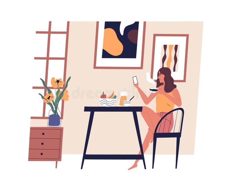 Милая девушка сидя на таблице, используя смартфон и выпивая кофе Молодая счастливая женщина обедая дома Смешная дама имея иллюстрация вектора