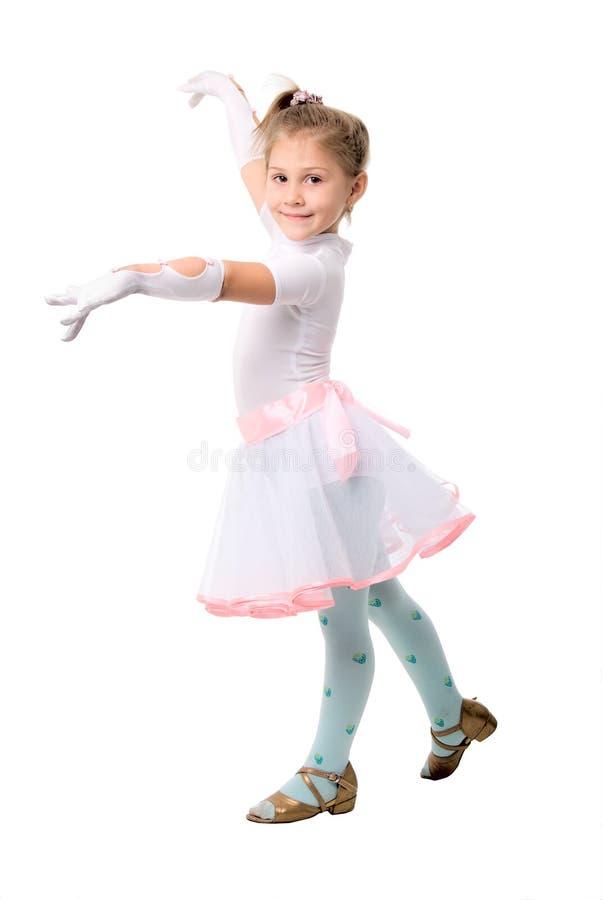 милая девушка танцы немногая над белизной стоковые фотографии rf