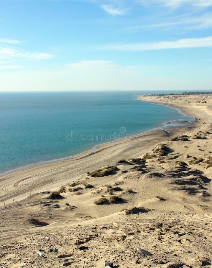 Мили песчанных дюн, берега моря Cortez, El Golfo de Santa Clara, Мексики стоковая фотография rf