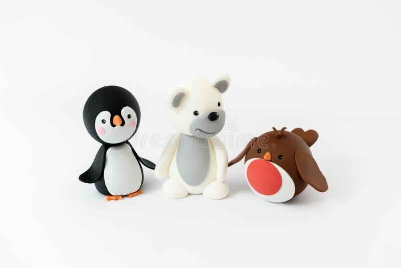 Милое Робин с пингвином и полярным медведем изолированными на белой предпосылке стоковые фото