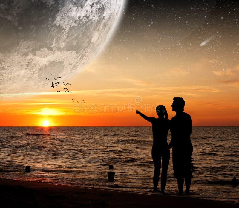 милочка дает луну иллюстрация штока