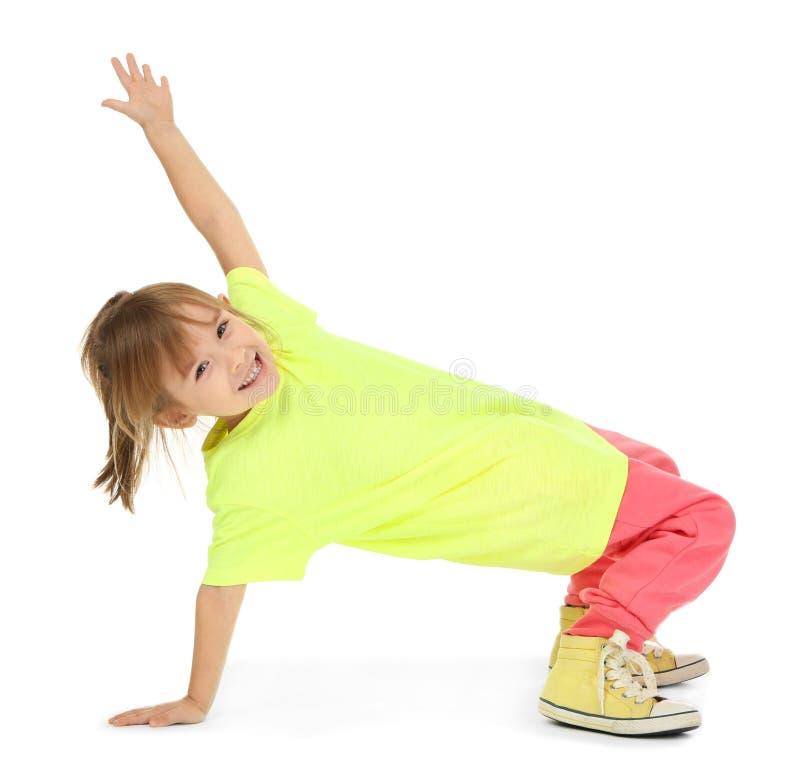 Милые смешные танцы девушки стоковые фотографии rf