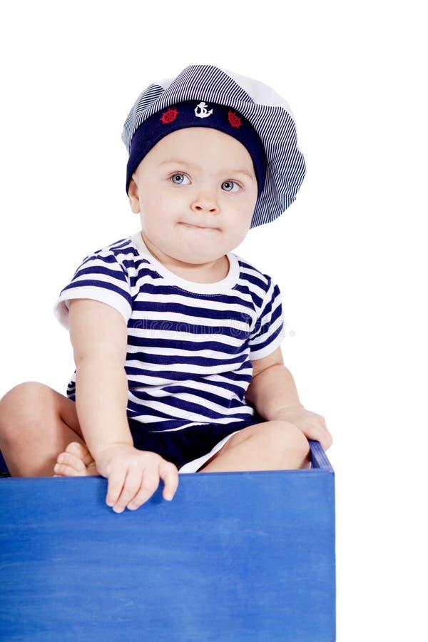 Милый маленький младенец в играть способа матроса стоковое фото rf