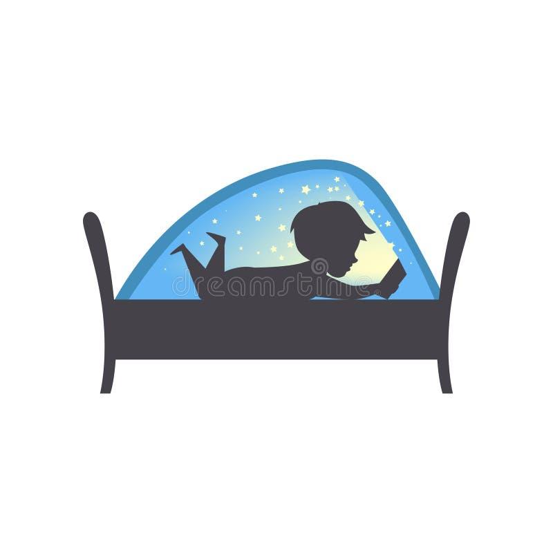 Милый мальчик читая книгу на почти, ребенок читая книгу в кровати под иллюстрацией вектора одеяла на белой предпосылке иллюстрация вектора