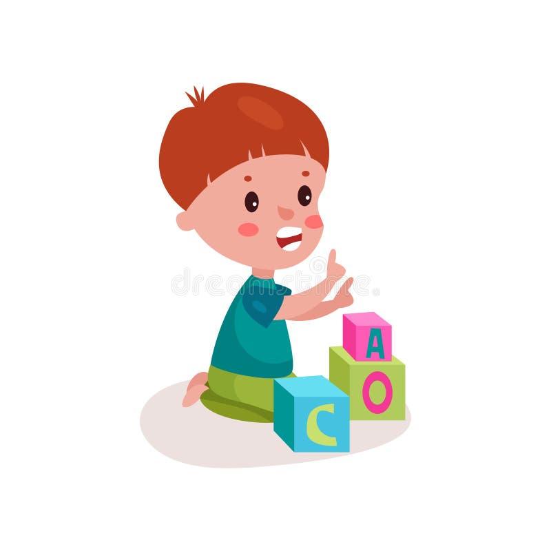 Милый мальчик redhead сидя на поле играя с игрушками блока, ребенк уча через потеху и шаржем игры красочным бесплатная иллюстрация
